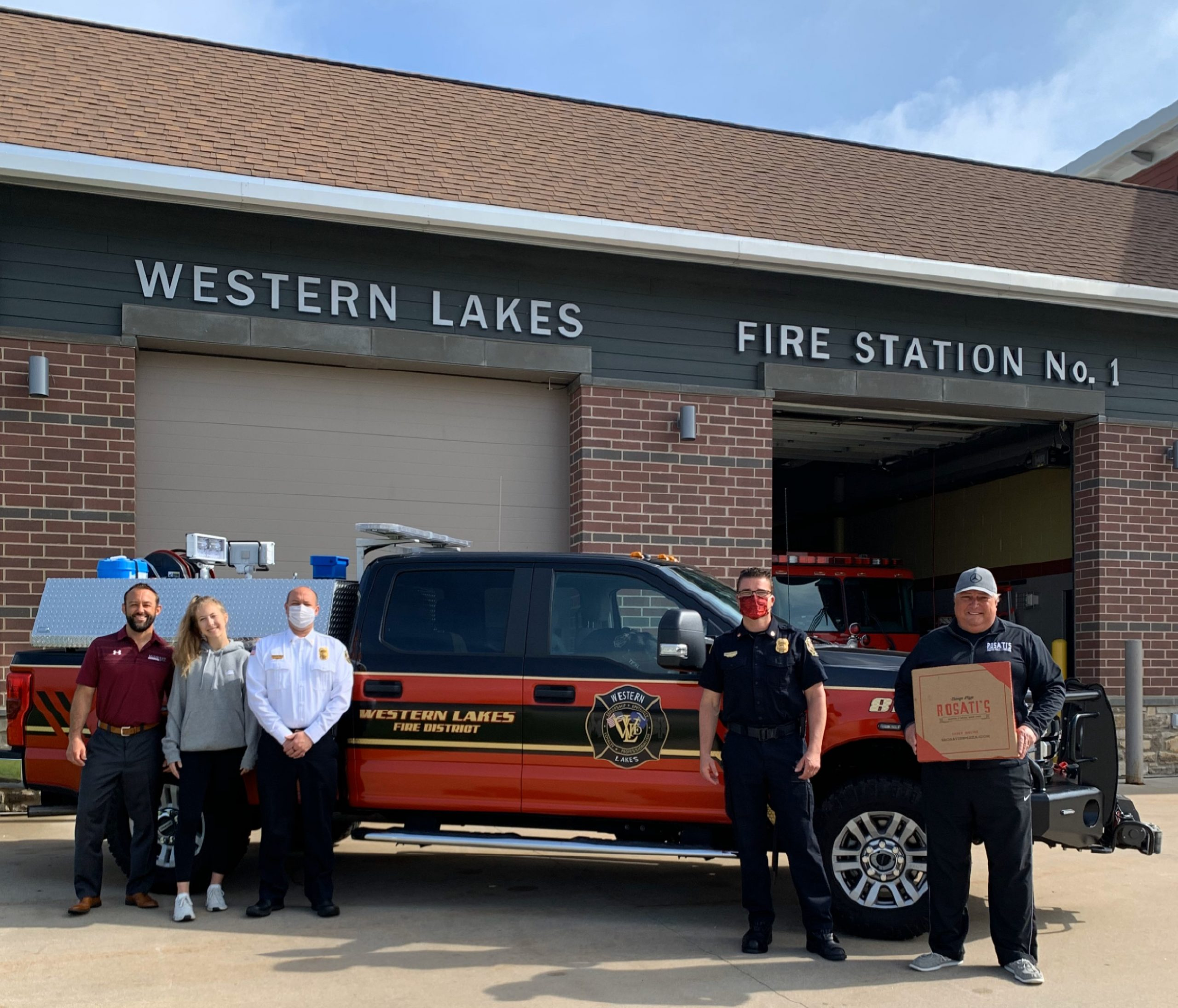 Midwest Insurance Group Donates Meals for Western Lakes Fire Department